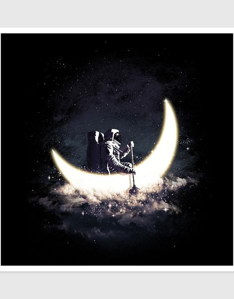 Moon Sailing Hero Shot