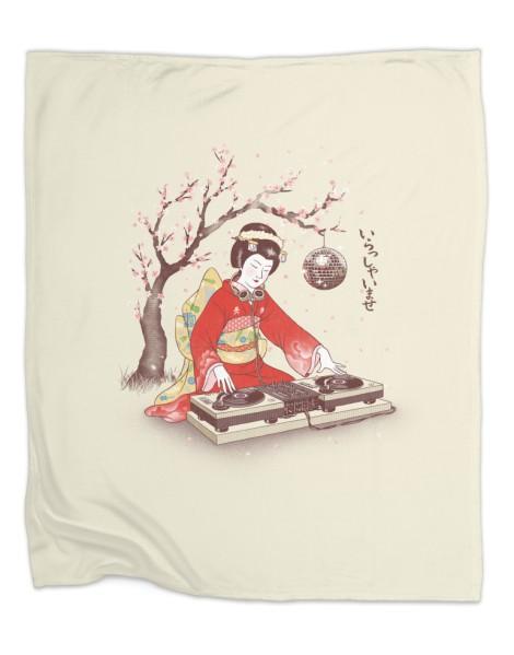 DJ Geisha Hero Shot